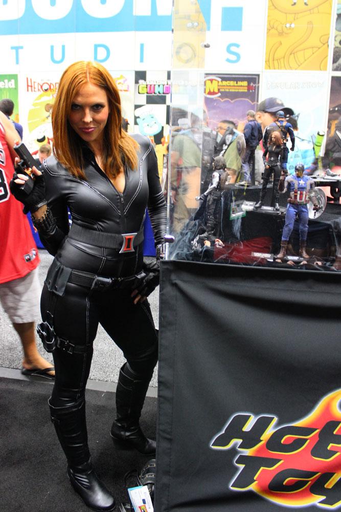 Black Widow Getting Catty With Tiffany